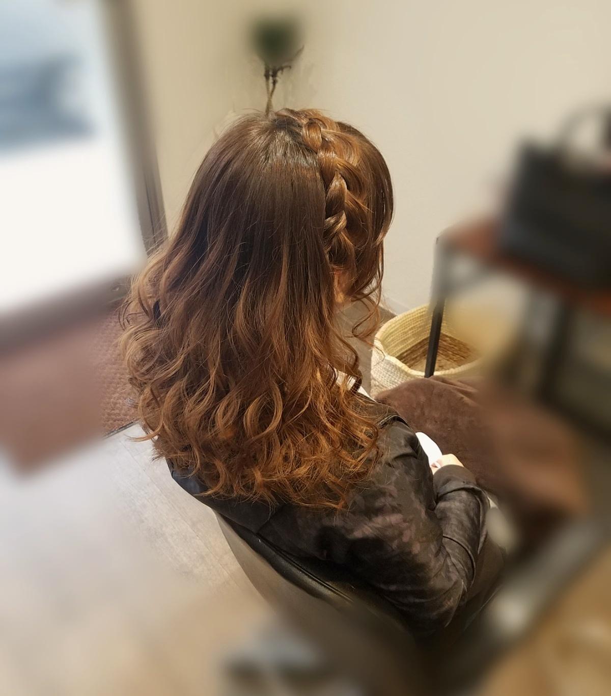 平原さんのヘアスタイル 『編み込みカチューシャご希望でし